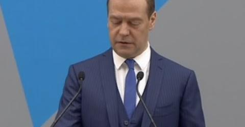 Embedded thumbnail for Медведев о блокчейн технологиях, смарт контрактах, ДАО и интернете вещей