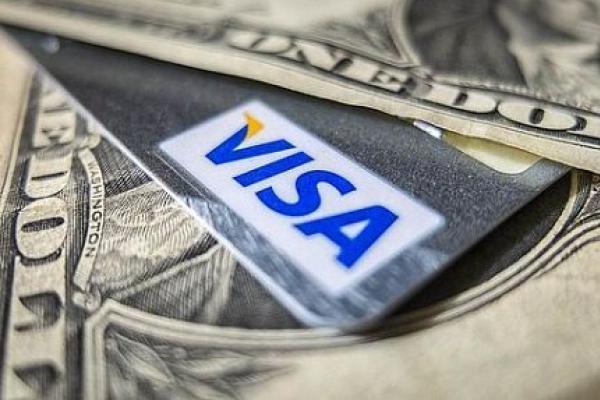 Гендиректор Visa Альфред Келли пока не видит в биткоине конкурента