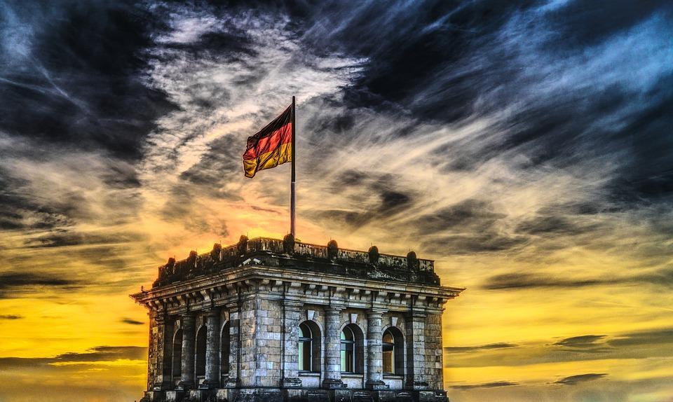 Власти Германии насчитали как минимум три финансовых организаций торгуют криптовалютами