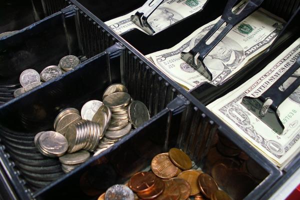 В Казахстане предлагают платить за штрафы и покупки криптовалютой