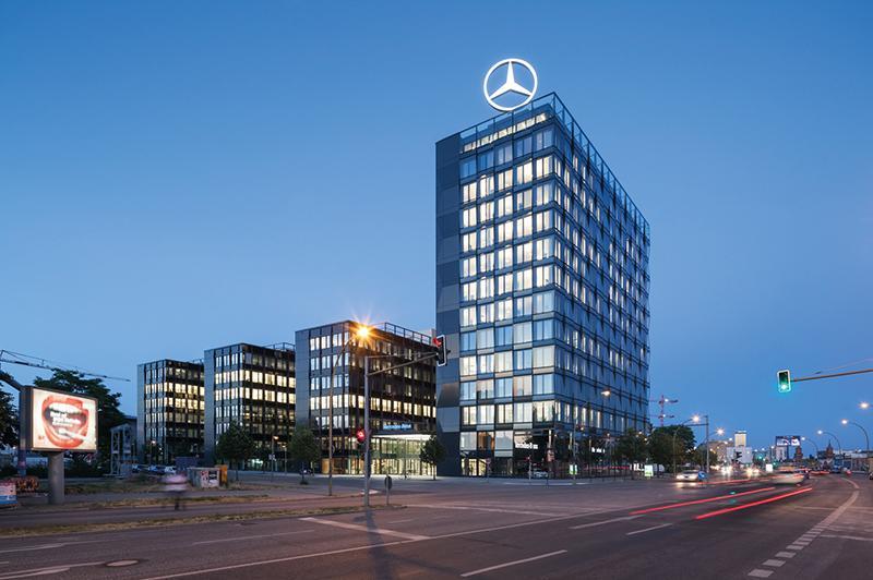 Mercedes-Benz внедрил в работу блокчейн