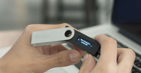 Аппаратные кошельки Ledger стали доступны в мобильных приложениях