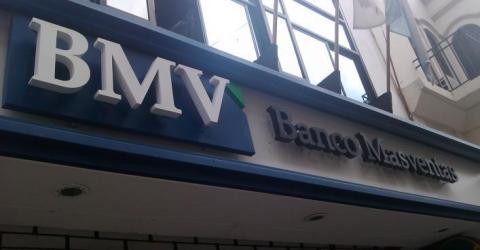 Аргентинский банк запустит сервис  международных переводов на блокчейне