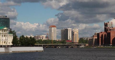 В Екатеринбурге криминал решал вопрос о «крышевании» криптобанкира