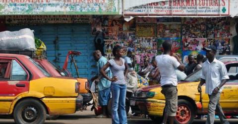 В Сьерра-Леоне выборы президента впервые провели с применением блокчейн-технологий