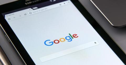 Google обвинили в недобросовестной конкуренции из-за запрета рекламы криптовалюты