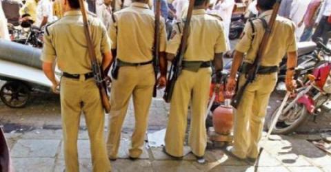 В Индии девятерых полицейских обвиняют в пытках и вымогательстве биткоинов