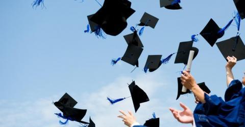 Онлайн-университет блокчейн-технологий выпустил 1 поток студентов